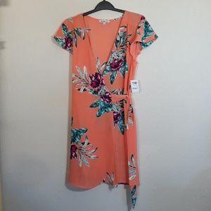 Charlotte Russe floral wrap dress size M - NWT
